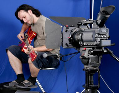 guitarist-green-screen-camera-music-video